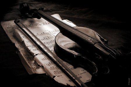 Слова смолкали на устах, мелькал смычок, рыдала скрипка. Самарская филармония