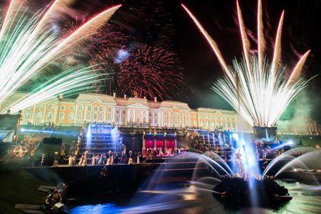Закрытие фонтанов в Петергофе 2017. Салют