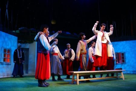 Спектакль БЕСТАЛАННАЯ в оренбургском драматическом театре