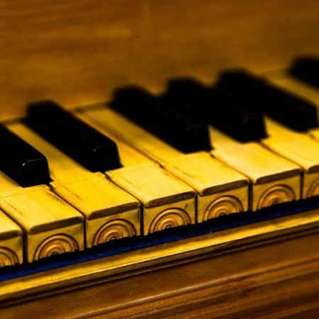 «От клавесина к фортепиано». Дом Гоголя