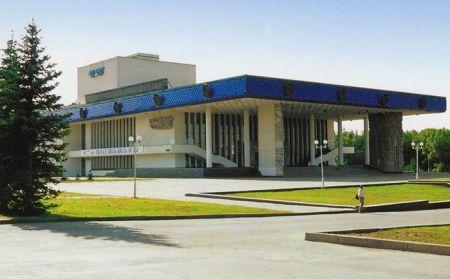 Голубая камея. Русский драматический театр