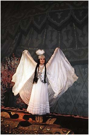 АЙ-ЧУРЕК. Театр оперы и балета имени Абдыласа Малдыбаева. Афиша
