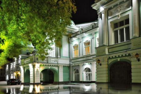 пойти на спектакль Казимир и Каролина. Омский государственный академический театр драмы.