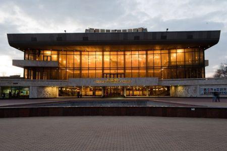Приключения Буратино. Одесский театр музыкальной комедии им. М. Водяного