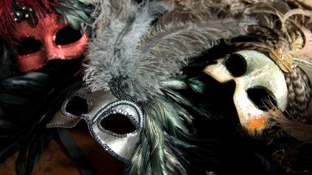 Карнавальная маска. Музей Моды