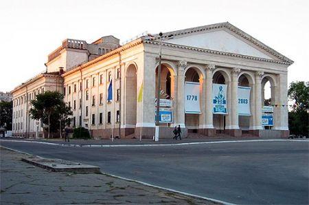 Україна – це ми. Херсонський театр ім. Миколи Куліша