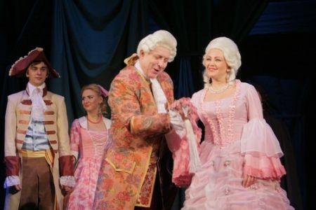 Спектакль Безумный день, или женитьба Фигаро. Нижегородский государственный академический театр драмы