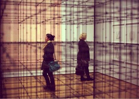 Монографическая выставка Моны Хатум в Барселоне