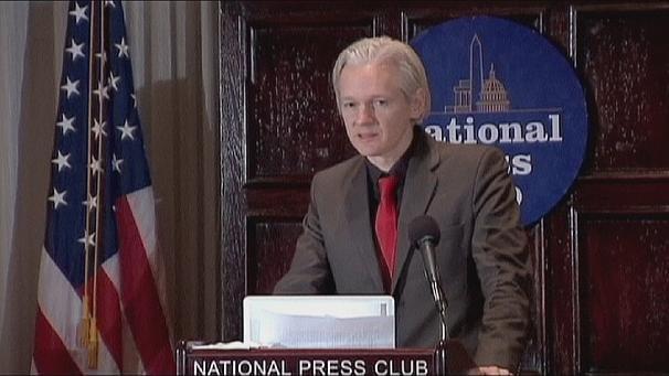 """""""Мы похищаем секреты: история Викиликс"""