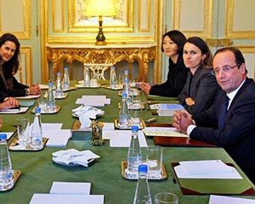 Французький президент відмовився звільнити Google від податку
