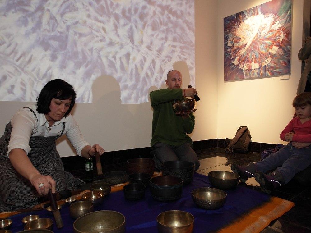 поющие тибетские чаши в Arcane Art Gallery