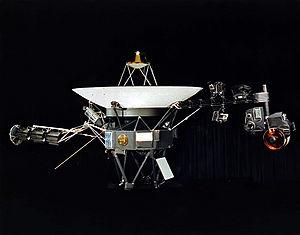 Voyager 1 выходит в неизведанное пространство за пределами Солнечной системы