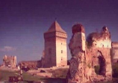 Старинная крепость возле сербского города Бач. Открытие