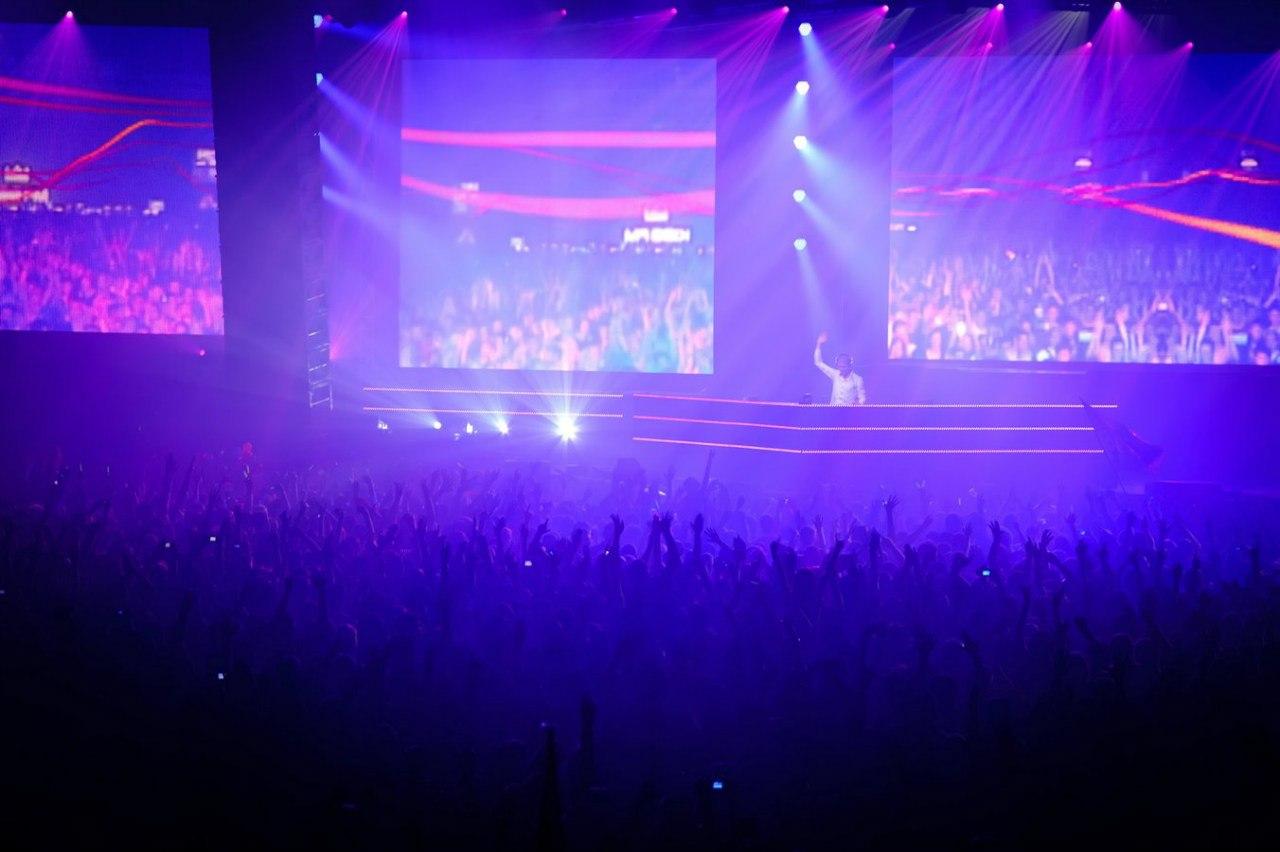 Мировая премьера шоу Armin Only Intense в Амстердаме
