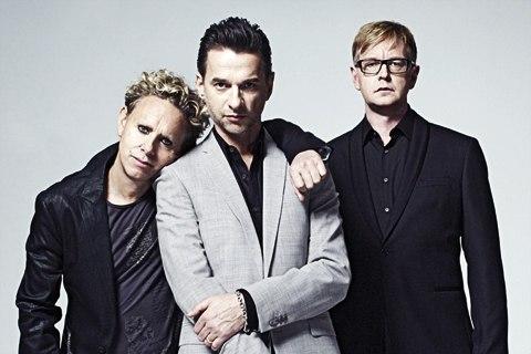 Depeche Mode, начав с радостных тонов, пришёл к мрачнму звуку и угнетающим текстам