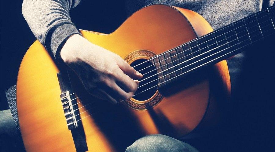 Легко ли играть гитаре