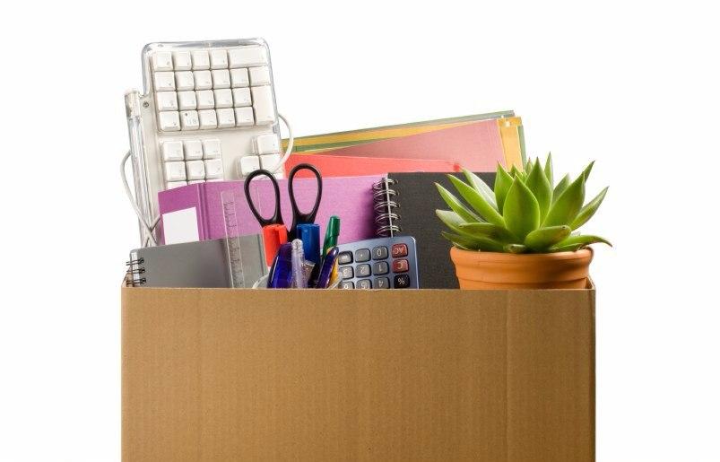 скласти речі в коробки