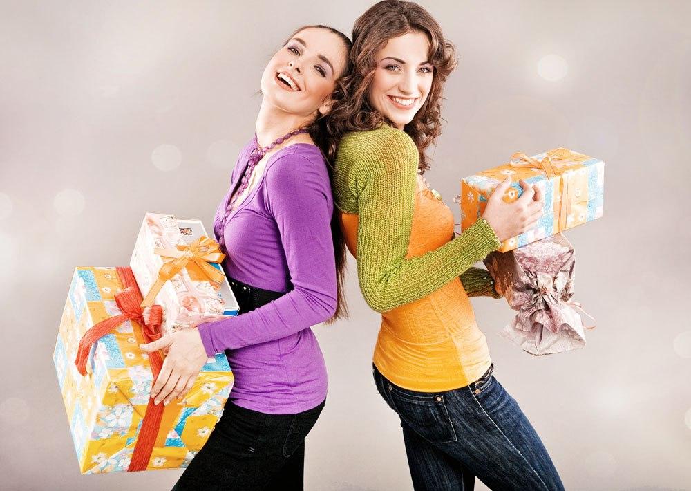 Что подарить подруге на день дружбы