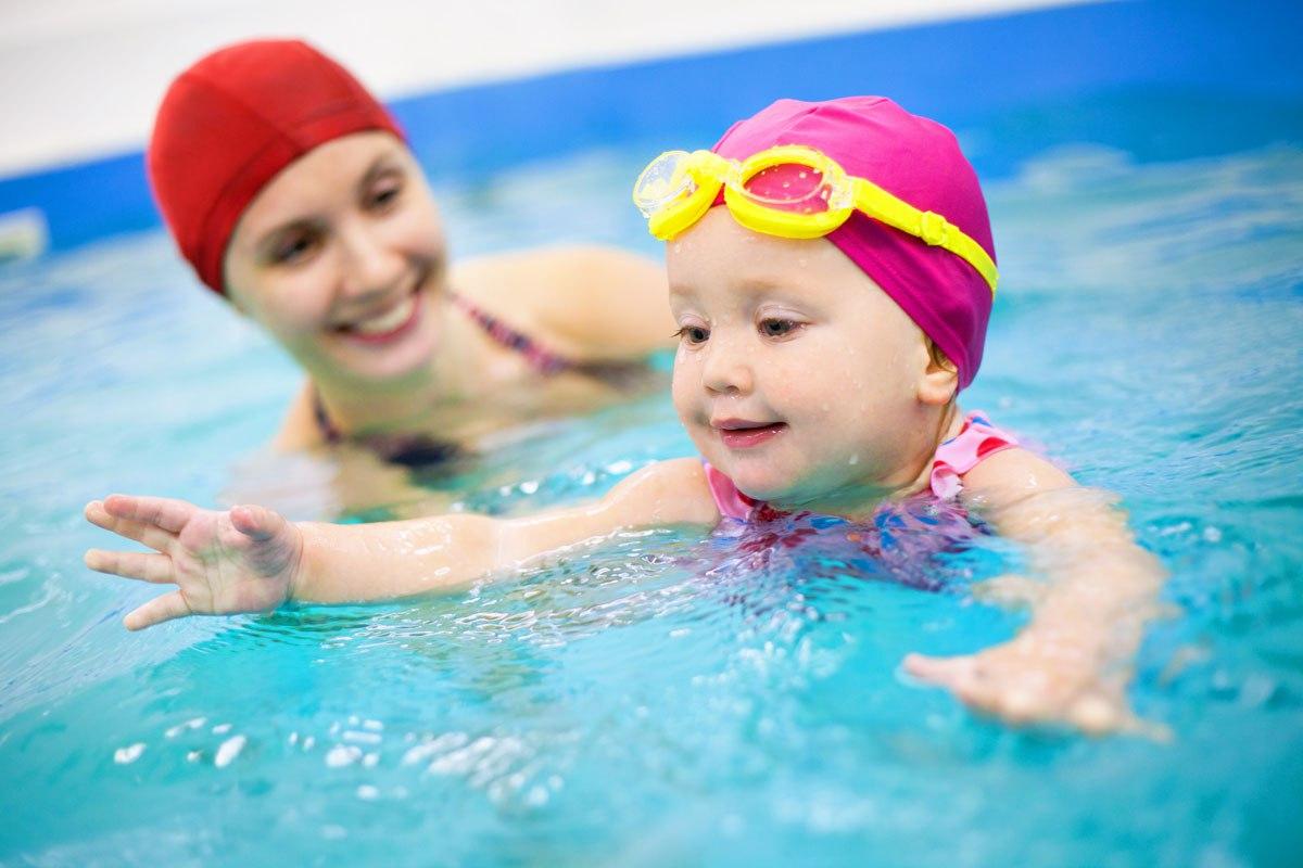Фото в бассейне ребенок