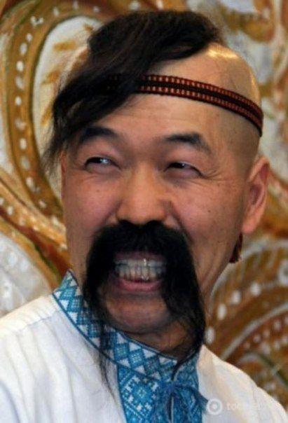 Японский кобзарь Чарли Сакума.