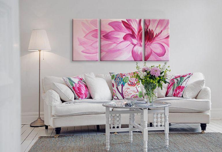 Модульные картины в интерьере квартиры. Фото