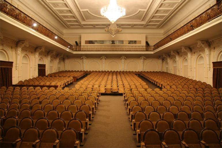 Театр шевченко афиша ноябрь сургут афиша концертов татарских