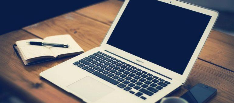 Работа в интернете популярнее обычной рутины