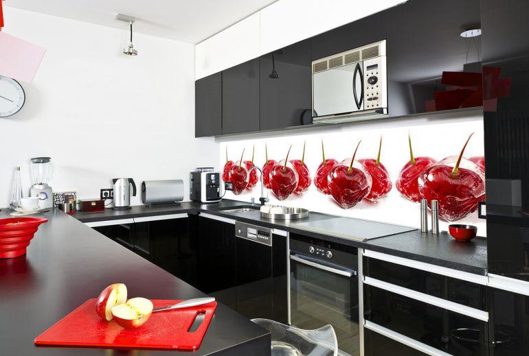 Фартук из стекла - отличное решение для вашей кухни!