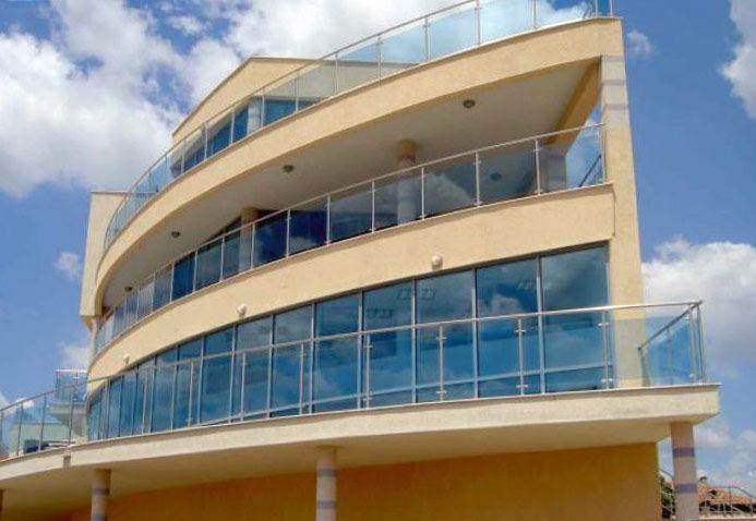 Балконные и лестничные ограждения из нержавейки