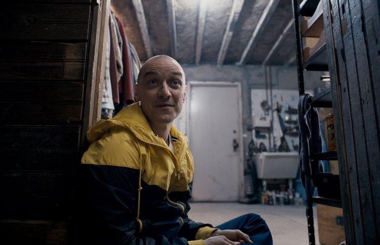 23 оттенка Джеймса МакЭвоя в психологическом триллере Сплит
