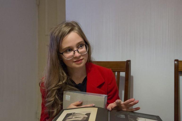 Школьница посетила Театр Луны и Музей Маяковского. Новости культуры. Москва 2018
