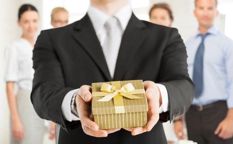 как знакомиться в деловом этикете