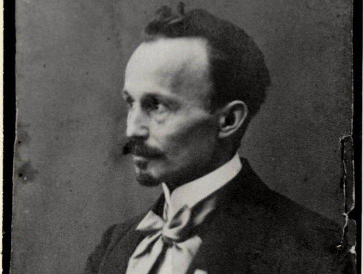Проблема відступництва в поезії Василя Пачовського