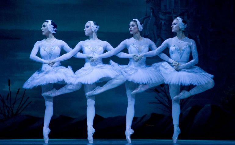 """""""Лебединое озеро"""" - бриллиант мирового балетного искусства"""
