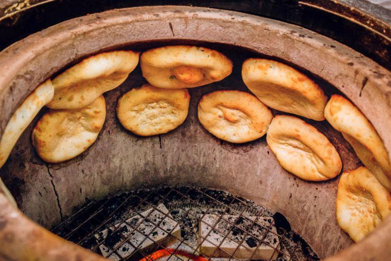 Хлеб в тандыре