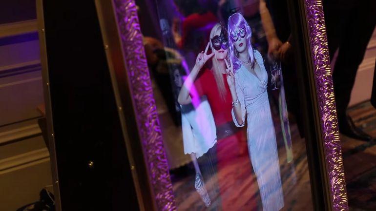 селфи зеркало на вечеринку