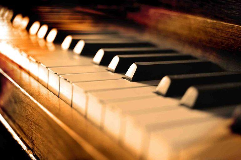 10 проникливих фортепіанних сонат