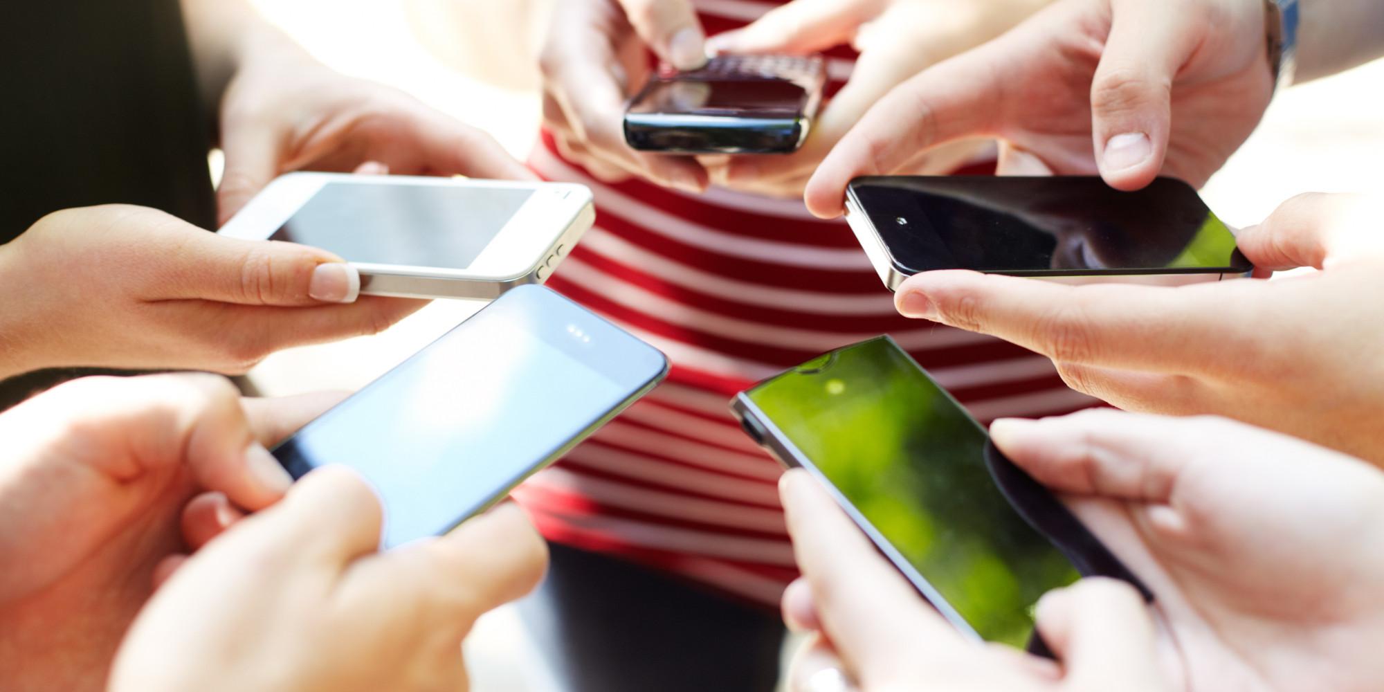 15 вещей, которые мы упускаем, постоянно смотря в телефон